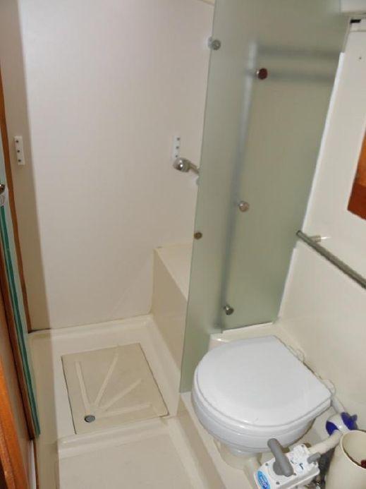 Interior – shower